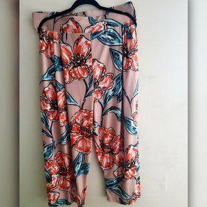 Rue 107 Floral Pants